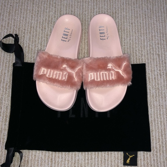sports shoes 61e2d 63523 Fenty puma blush pink slides sz. 6.5